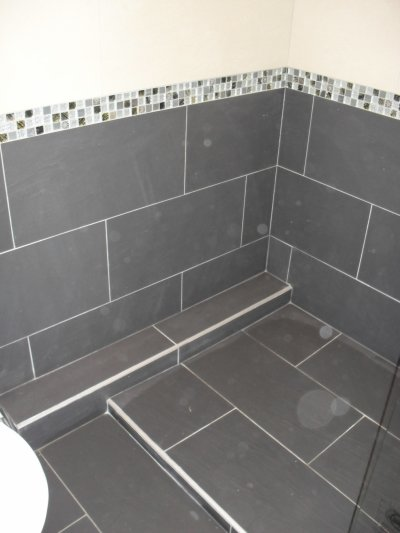 Realisattion d une sdb carreau de 30x60 pose decalee avec for Bac de douche italienne